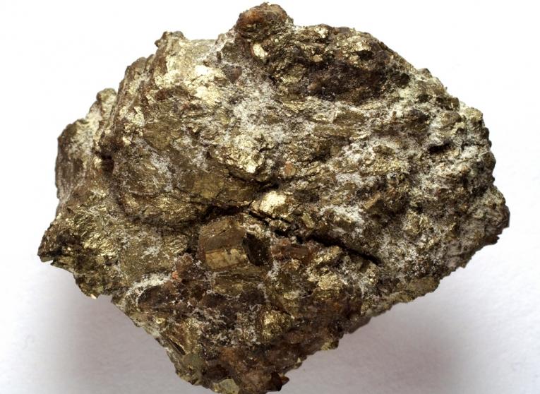 Uranium-mining-power-weapons_20312